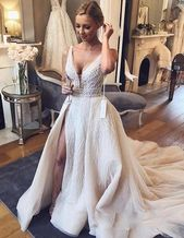 Chic V-Neck Sleeveless 2019 Wedding Dresses Overskirts Tulle Sequins Bridal Gowns With Slit Charming Luxurious Wedding Gowns from MrTang