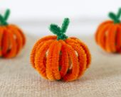 Mini Pumpkin Decoration made from Chenille stems / pipe cleaners – Think Crafts …