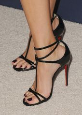 Reese Witherspoon Shoe Details bei Variety's Power Of Women Luncheon im B ...