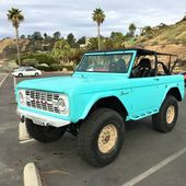 1970 Ford Bronco casually sitting on military-grade Hummer H1 wheels appears on …