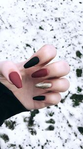 The Deep Winter Nail Art Designs are so perfect for 2019! Hope they can inspire …