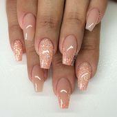 Love the colour! Blush + Peachy Glitter Nails. Varm camouflage med egenblandat gl…