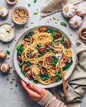 Pâtes simples aux champignons et aux épinards (végétalien)   – unter