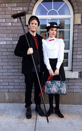 10 creative couples costumes to DIY for Halloween