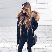 """Gefällt 53 Mal, 0 Kommentare – Fashion Online Store (VENUE Fashion) auf Instagram: """"🍂 Ab sofort limitiert verfügbar: Parka mit Pelzkragen und I…"""