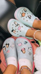 @sara wiggins • Fotos y videos de Instagram   – Casual shoes