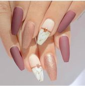 40+ Fashionable Coffin Nails Design Concepts