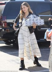 Baby Bump Pregnant Jessica Alba covers up baby bump in maxi dress | Daily Mail Online