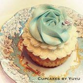Blaue Rosette Cupcake-Cupcakes von Yuyu