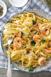 Creamy lemon garlic shrimp pasta