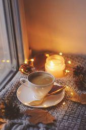 Der Herbst ist da, endlich kann man es sich zuhause wieder mit Tee und Decke kus