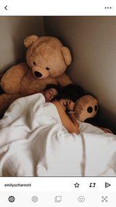 #Cute Couples cuddling (notitle)