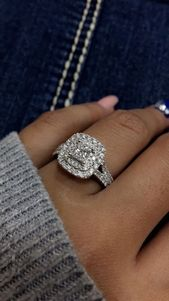 2.10 quilates Anillo de compromiso de diamantes de talla princesa para mujer Oro blanco de 14Q sobre   – Ohrringe