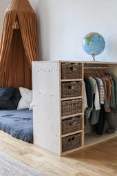 """""""Ich will mich selbst anziehen!"""" Tutorial für ein DIY-Möbel das Kleiderschrank UND Bücherregal ist."""