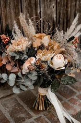 42 Stunning Wedding ceremony Bouquets That Are Distinctive