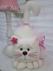 Super mignon chat se tient seul Pâques printemps poupée figure chalet Tilda dans …   – gatos e cia