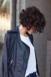 Snap, snap, hair off! Naughty short hairstyles for brave girls