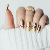 15+ Festive Christmas Nail Art Ideas   – #nails