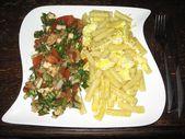 1.4.2014 Gebratene Nudeln mit Ei + gemischter Salat mit Mozzarella – Hauptgerich… – Einfache Salat Rezepte