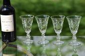 Vintage Crystal Weingläser, 4er-Set, Duncan Miller, Spring Beauty, 1953, Vintage Crystal 5 oz nach dem Abendessen Getränke – Portwein Glas   – Vintage Etched Wine glasses