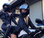 Double Butt – #Double #Hintern – Auto und Mädchen – #Auto #Butt #Double #Hi…