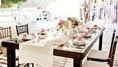 Hochzeit Tischdecke Blumenarrangement Rosen Hortensie Weiß Blumenarrangement …   – Tisch Decken