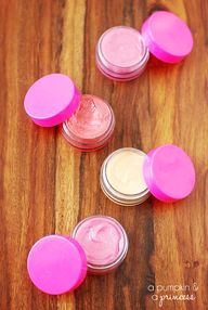 DIY Lip gloss tutori