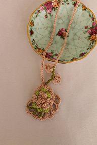 Crochet Necklace Pen