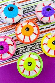 Glowing Monster Eye Cupcakes!