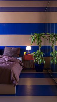 SUITE702: In bed with Shirley and Olaf - INTERIORATOR