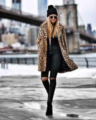 All black and a faux fur leopard print coat | Fashion is my Forte - Brooklyn Bridge