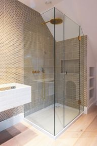 How to Choose the Best Frameless Shower Enclosures