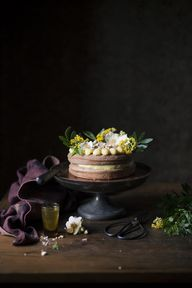 Potions, cakes and magic with a scent of Helichrysum by Zaira Zarotti