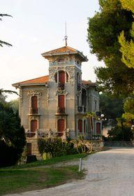 Una delle ville stile Art Nouveau più belle della regione.
