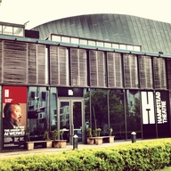 Hampstead Theatre, S