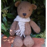 Bear - hand knitted