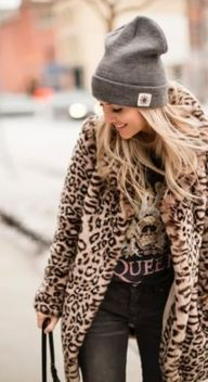 20+ Looks to give you inspiration on how to pull off the hottest trend for 2019. Leopard print isnt going anywhere and were going to continue to see it through winter, spring and summer. Im totally on board with this look and love how women are styling it in so many different ways. Take a look at how versatile this print can be and find your style.... #Leopardprint #LeopardPrintOutfitWinter #LeopardPrintOutfitFall #LeopardPrintOutfits2019 #LeopardSweater #LeopardSweaterOutfit #TrendsFor2019