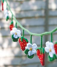 #Strawberry #Bunting