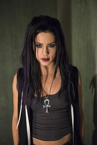 Goth!Felicity from h