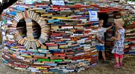 A book igloo!