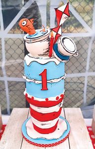 cat in the hat first birthday cake