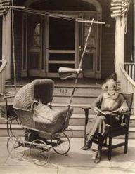 1921: Pram with buil