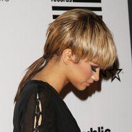 Zendaya Wears Mullet to Grammys, Pays ...