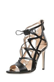 Lace Up Sandal in Bl