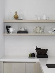 Karin Meyn | Ceramics and glassware combination