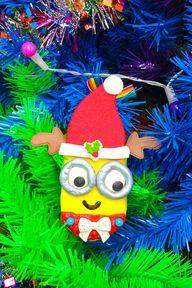 DIY Holiday Edible Minions Ornaments 17
