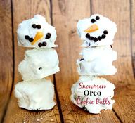 Snowmen Oreo Cookie