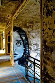 : Street Art in France and weathered walls