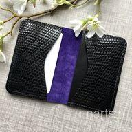 Card holder / slim card wallet in black genuine lizard skin. Gift for men and women. OOAK luxury lizard skin wallet