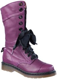 Dr Martens Triumph 1914 Boots. I am in LOVE with these. They are such incredibly soft leather. £132.00